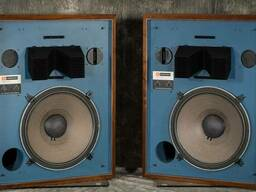 JBL 4333A Studio Monitors/ EAW KF 740 Speakers/ JM Lab Nova